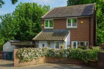 3 bed Detached property in The Leazes, Throckley...