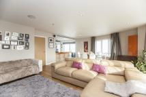 Flat for sale in 35 Boulevard Drive...