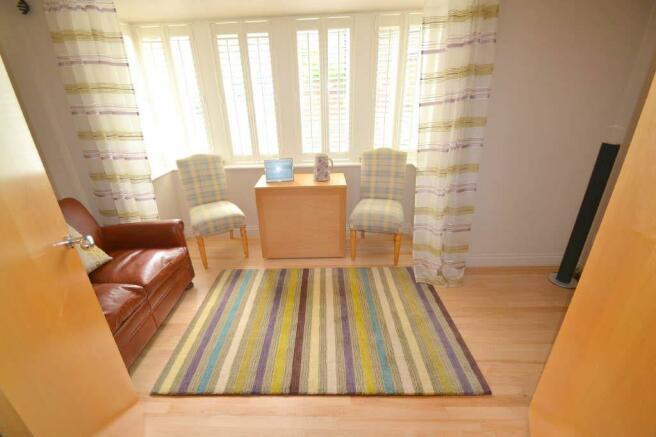DINING ROOM / SITTING ROOM