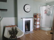 2 bed Cottage in Greenhill Terrace...