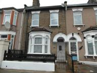 3 bed property in Buckingham Road, Ilford