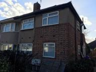 2 bedroom Maisonette to rent in Tomswood Hill...