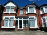6 bed property in Courtland Avenue, Ilford