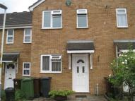 2 bedroom property to rent in Blossom Close, Dagenham