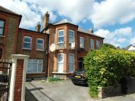 Flat in Broomhill Rd, Goodmayes