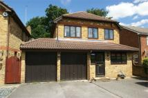 4 bed Detached property for sale in Chailey Place, Hersham...