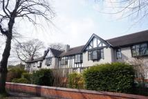 Apartment to rent in Priory Gardens...