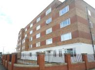 2 bed Apartment to rent in Parrs Wood Court...