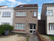 Studio flat to rent in Hayes