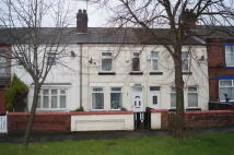 79 Crescent Road Terraced house to rent
