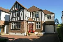 5 bed Detached home for sale in London Road, Stanmore HA7