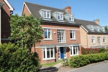 5 bed Detached home in Padelford Lane, Stanmore...