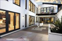 5 bedroom Detached home for sale in Common Road, Stanmore...