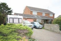 4 bedroom Detached house in Front Lane, Blunsdon...