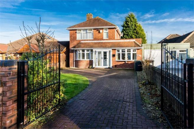 2 Bedroom Detached House For Sale In Long Knowle Lane Wednesfield