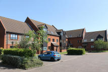 Flat to rent in Kerridge Court, Holt,