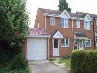 2 bedroom End of Terrace house in Elgar Drive, SHEFFORD...