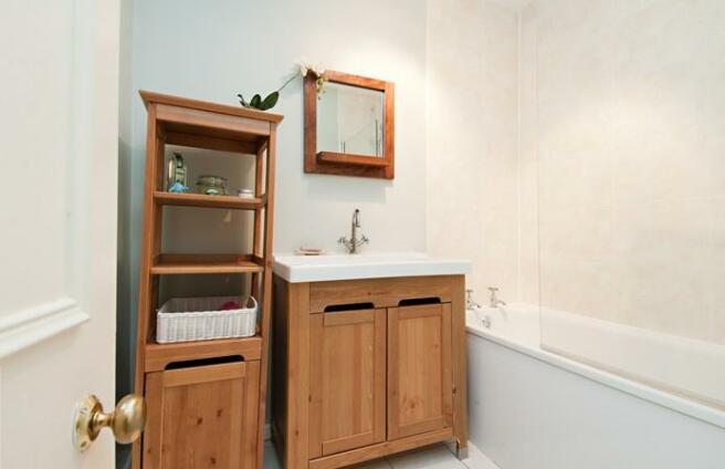 3507_bathroom.jpg