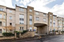 2 bedroom Flat in Bonnington Road...