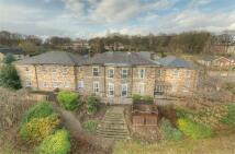 40 bedroom Detached house in Quarry Road, Dewsbury...