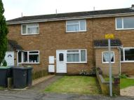 2 bed Terraced house in Dunstable Close...