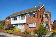 2 bedroom Flat in Cliff Road Leigh-on-Sea ...