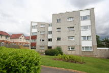 2 bed Ground Flat for sale in Lavender Drive...