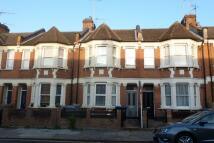 Sandringham Road Ground Flat to rent