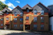2 bed Ground Flat for sale in Summerfield House...