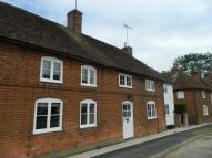 Cottage to rent in Odiham, RG29