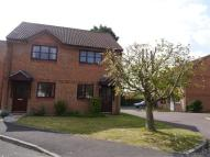 2 bed semi detached house to rent in . Leeward Close ....