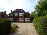 5 bed Detached home in Lynch Road, Farnham, GU9