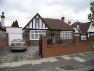 3 bedroom Detached Bungalow in Enfield, EN1