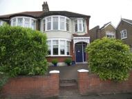 3 bedroom semi detached house in London, N21