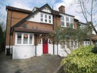 2 bed Flat to rent in Old Park Ridings, London...