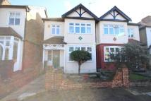 4 bed semi detached house in London, N21