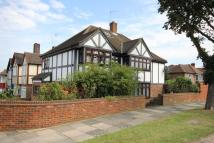 6 bedroom Detached property for sale in London, N14
