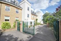 Flat for sale in Enfield, EN1