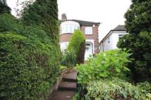 London semi detached property to rent