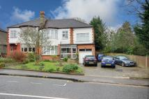 5 bed semi detached property in Enfield, EN2