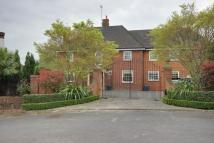 6 bed Detached home for sale in Enfield, N21