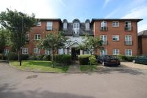 Flat for sale in Enfield, EN2