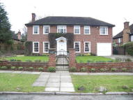 4 bed Detached home in London, N20