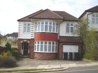 4 bedroom Detached house in London, N14