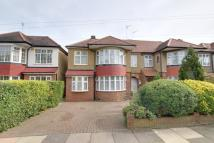 5 bed semi detached house for sale in London, N14