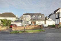 5 bed Detached home in London, N21