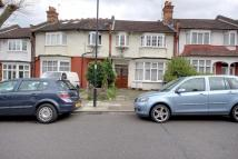1 bedroom Flat for sale in Winchmore Hill, N21