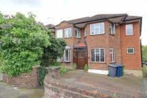 4 bedroom semi detached house in Southgate, N14