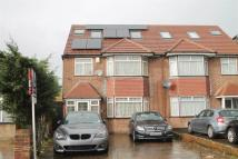 4 bedroom semi detached house in Yeading Lane, Hayes...