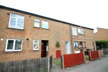 1 bed Maisonette in Wood End Green Road...